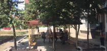 Поставување на летниковци пред колективните згради во општина Свети Николе