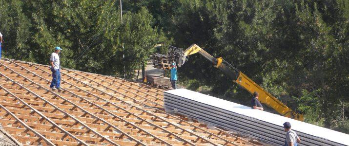 """Општинското основно училиште """"Кирил и Методиј"""" со нов покрив"""